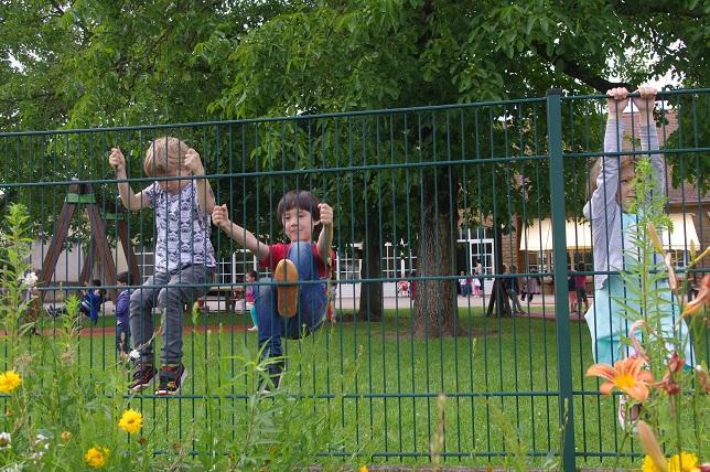 フランスの幼稚園に入園条件があった!最大の難関とは?