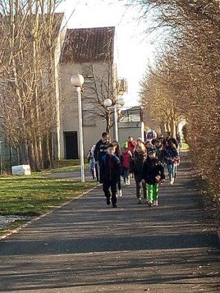 フランスの小学校は時間割はあるの?休憩は一回で昼休みは2時間!