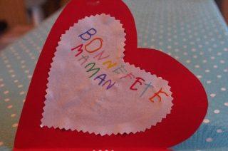 フランス語で母の日のメッセージを贈ろう!素敵な言葉を一気に紹介